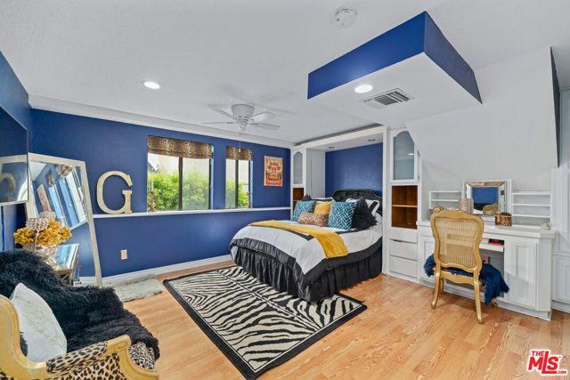 545 S Helberta Ave, Redondo Beach, CA 90277 photo 18