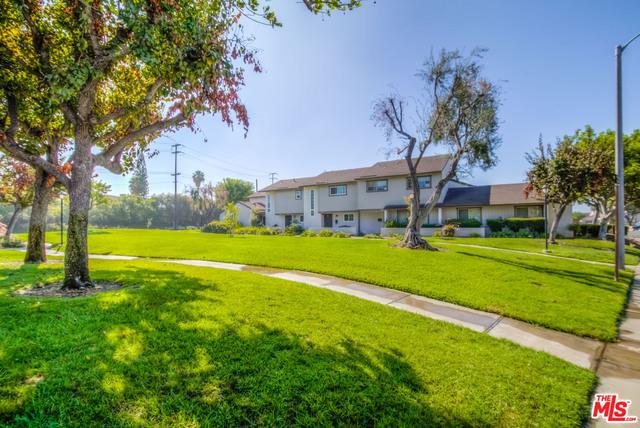 Townhouse for Sale at 5440 Cajon Avenue Buena Park, California 90621 United States