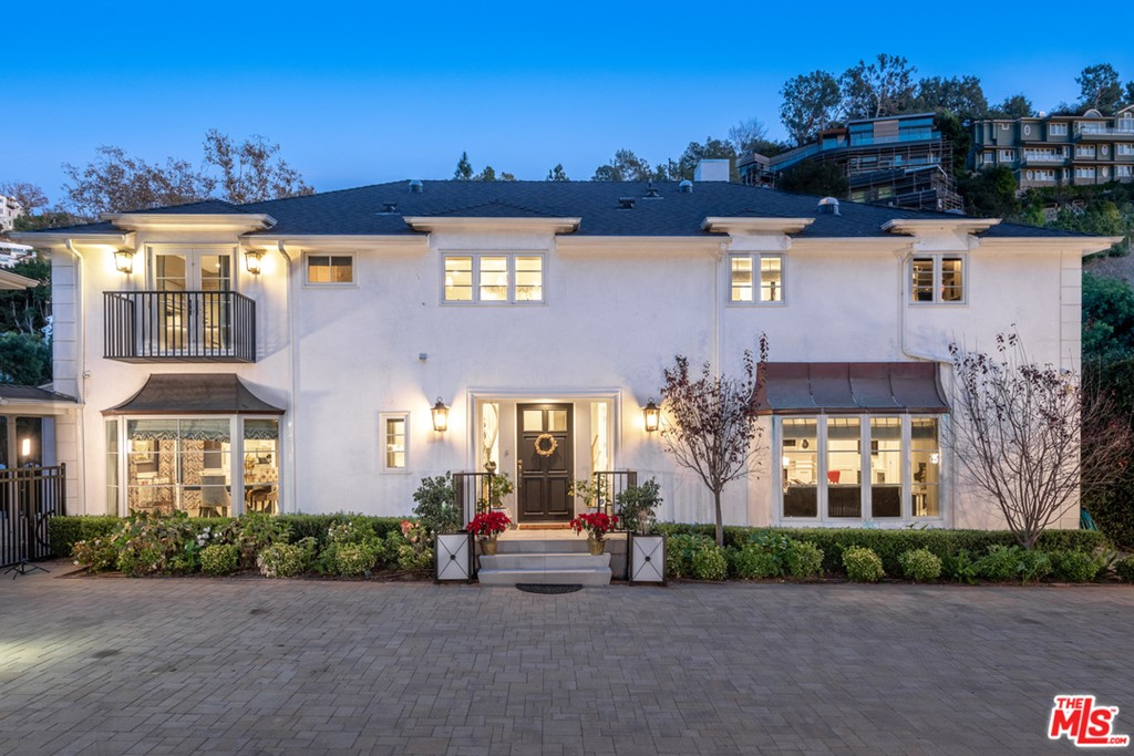 1214 Coldwater Canyon Drive #  Beverly Hills CA 90210