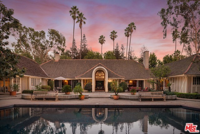 Single Family Home for Sale at 323 N MAPLETON Drive Los Angeles, California 90077 United States