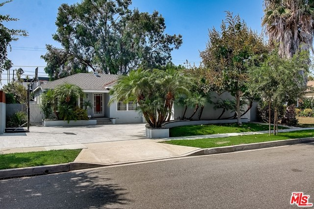 4349 Mentone Culver City CA 90232
