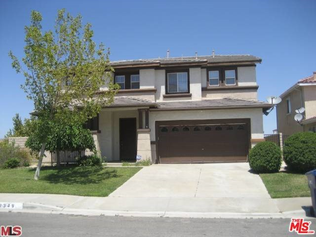 Photo of home for sale at 2349 CAROLYN Drive, Palmdale CA