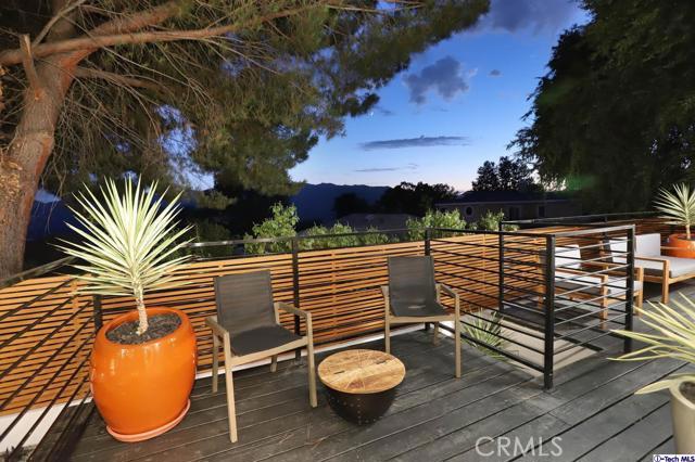 5043 Ramsdell Avenue, La Crescenta CA: http://media.crmls.org/mediaz/5C876FE5-284A-4697-9576-EB66DE3C5F3B.jpg
