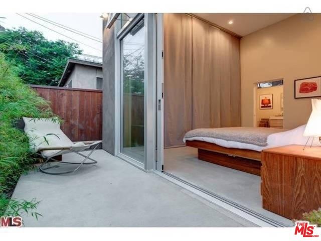 Single Family Home for Rent at 1613 Cabrillo Avenue Venice, California 90291 United States
