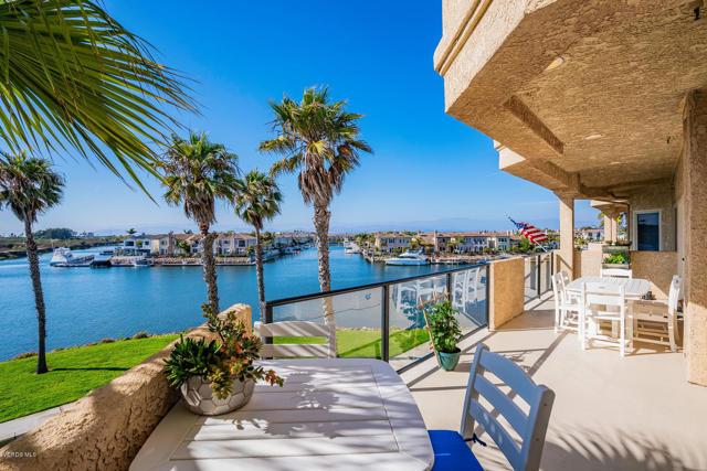 1706  Emerald Isle Way, Oxnard, California