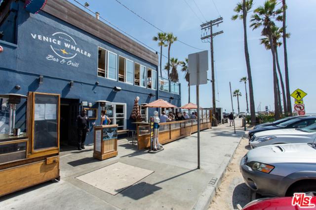 4050 Glencoe Avenue, Marina del Rey CA: http://media.crmls.org/mediaz/5CDF9DCA-F62F-4E9F-8079-581195A173FC.jpg