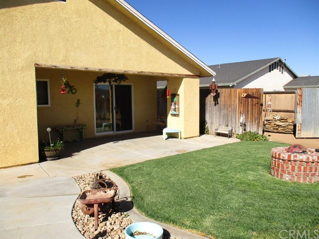 12727 Central Road Apple Valley CA 92308