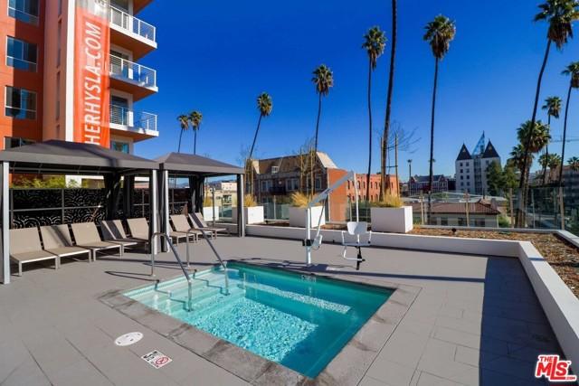 453 S KENMORE Avenue, Los Angeles CA: http://media.crmls.org/mediaz/5D099D29-F19E-47A0-A656-A2F929D08BCD.jpg