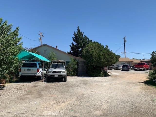 14681 7th Street, Victorville CA: http://media.crmls.org/mediaz/5D20283C-8620-4888-A6C7-AAFCA7C6337C.jpg