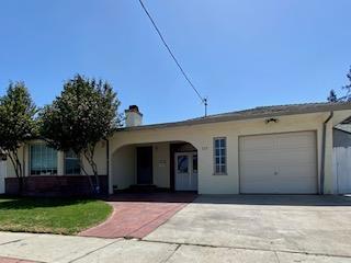 725 Division Street, King City CA: http://media.crmls.org/mediaz/5D21EDCD-B52F-4865-B60E-80582CD5B265.jpg