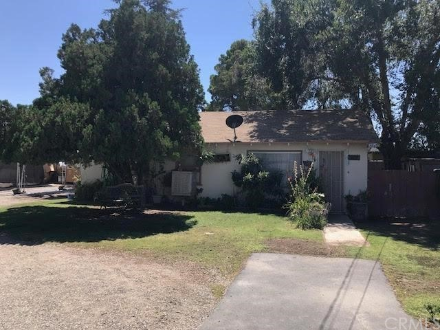 14681 7th Street, Victorville CA: http://media.crmls.org/mediaz/5D504D3D-6760-41B5-9F36-B3961E7CF64C.jpg