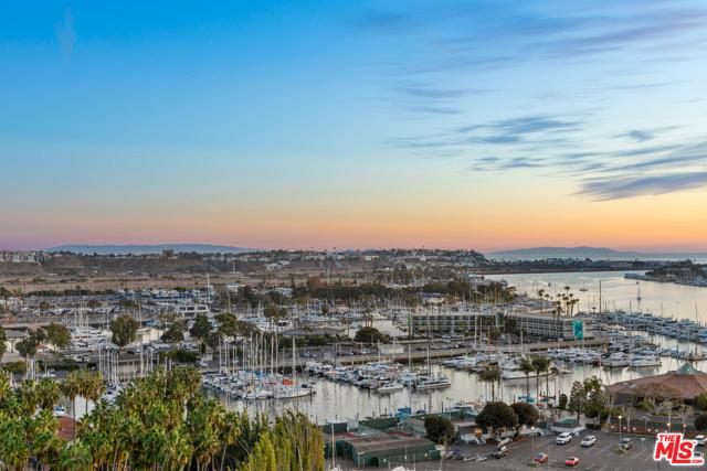 13700 Marina Pointe 1531 Marina del Rey CA 90292