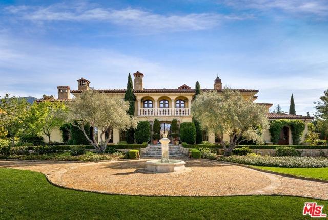 416 Meadowbrook Drive, Montecito CA: http://media.crmls.org/mediaz/5DF9DAAD-00AE-451A-90C1-D73957B5B2B0.jpg