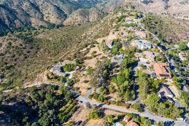 0 Santa Margarita Dr, Fallbrook CA: http://media.crmls.org/mediaz/5E0D41F9-F9F3-4E17-941E-D072DE301E27.jpg