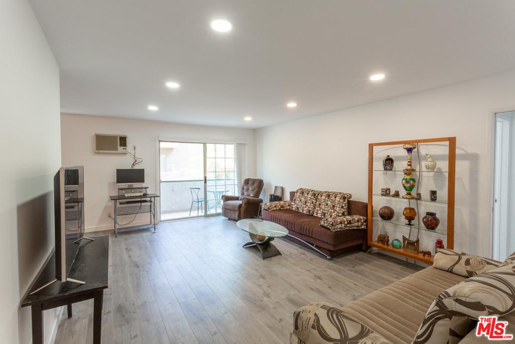1344 N Martel Avenue # 205 Los Angeles CA 90046