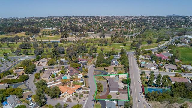 3817 Palm Drive, Bonita CA: http://media.crmls.org/mediaz/5E67C333-BD18-4563-8135-5425A8DB080D.jpg