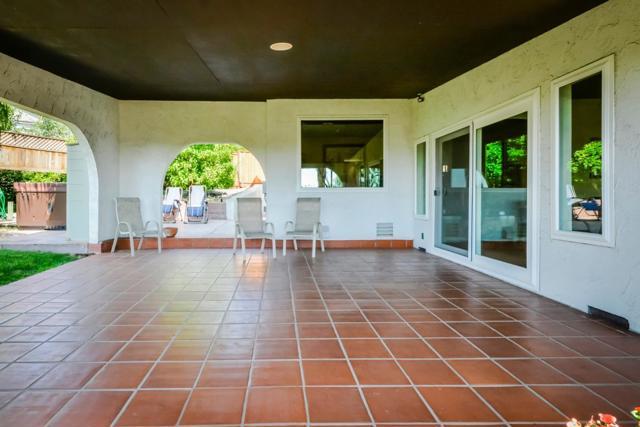 21798 Independent School Road, Castro Valley CA: http://media.crmls.org/mediaz/5E7AF734-7BC3-4124-AF21-487848438073.jpg