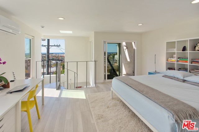 217 4th Ave 2, Venice, CA 90291 photo 6