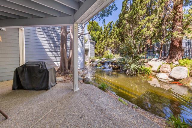 663 Arneill Road, Camarillo CA: http://media.crmls.org/mediaz/5F216AD2-3456-4ADC-9A04-559797573285.jpg
