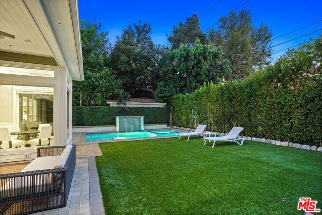 4053 Laurelgrove Avenue, Studio City CA: http://media.crmls.org/mediaz/5F72A3A2-512F-483D-ACD7-1A157AB1B947.jpg