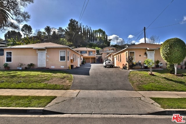 Single Family for Sale at 2434 Avenue 32 W Los Angeles, California 90065 United States