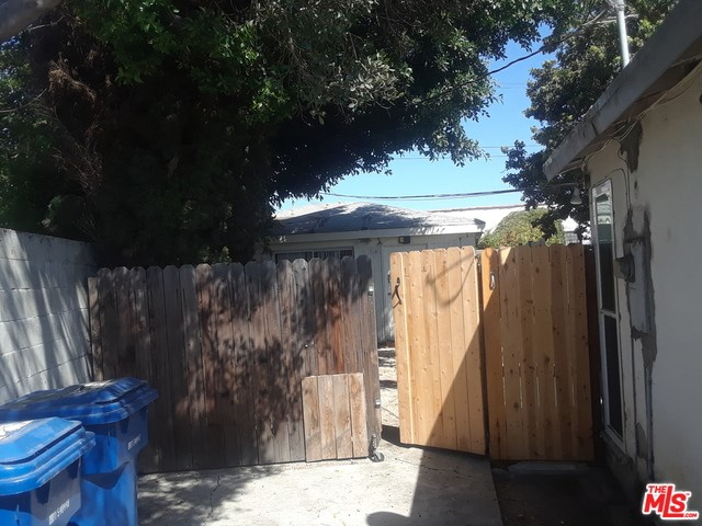2614 Clyde Ave, Los Angeles, CA 90016 photo 5