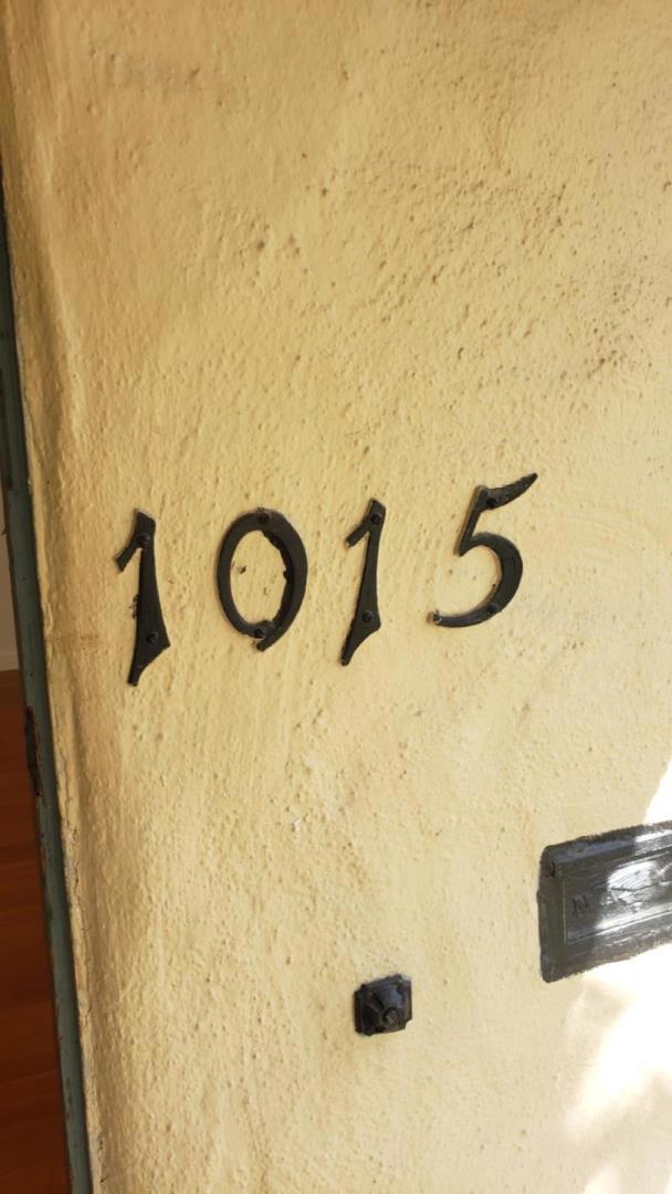 1015 Willow Glen Way, San Jose CA: http://media.crmls.org/mediaz/5FFD54BF-8FF1-40D4-AD38-CE73F3B05778.jpg