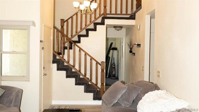 10620 Villa Bonita, Spring Valley CA: http://media.crmls.org/mediaz/5e1c29fd-dfc6-4830-afb8-759f33b5b1ff.jpg