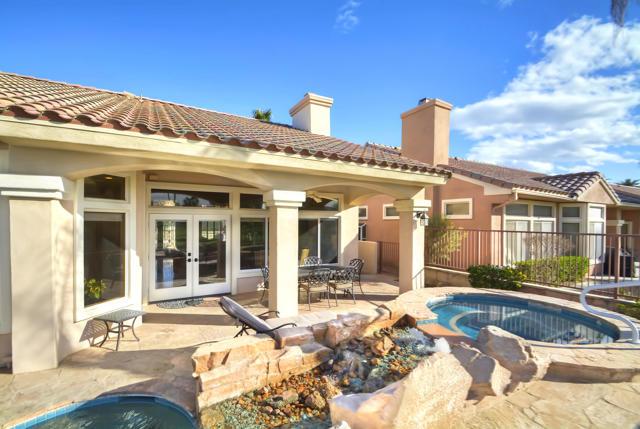 37647 Westridge Avenue, Palm Desert CA: http://media.crmls.org/mediaz/600139B4-2D2B-49D5-9A6C-C0FBD3EC2C61.jpg