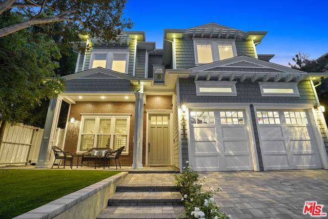 4053 Laurelgrove Avenue, Studio City CA: http://media.crmls.org/mediaz/60094CF1-210F-4E26-BDB1-F55572D7B77A.jpg