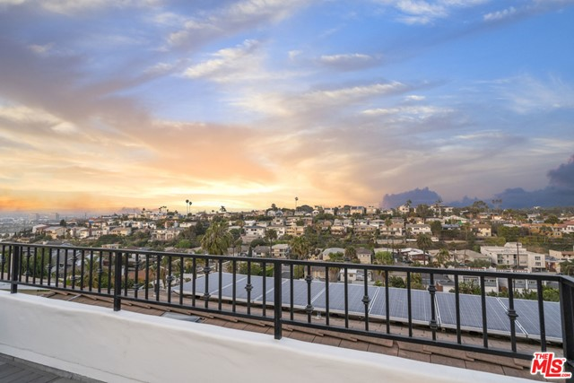 7106 Trask Ave, Playa del Rey, CA 90293 photo 4