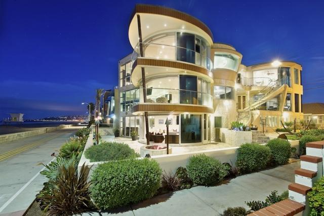 3675 Ocean Front Walk  San Diego CA 92109