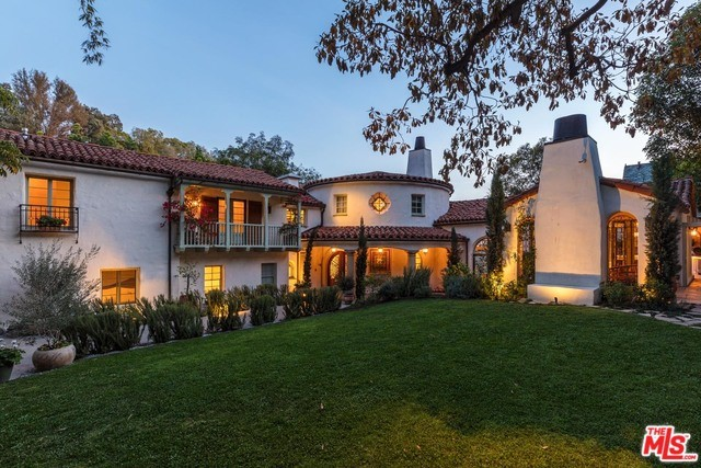 Photo of 9308 READCREST Drive, Beverly Hills, CA 90210