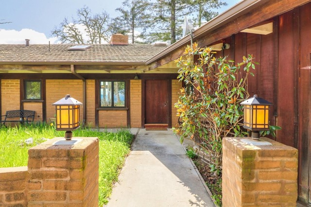 500 El Caminito Road, Carmel Valley CA: http://media.crmls.org/mediaz/60E358D2-649F-4A73-A090-EB32C122D182.jpg