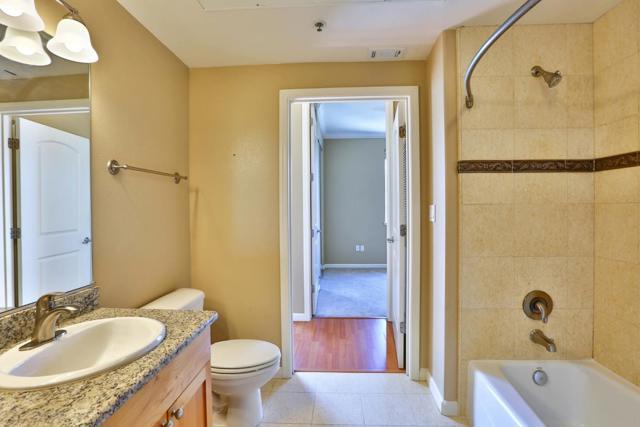 2330 University Avenue, East Palo Alto CA: http://media.crmls.org/mediaz/60F5CA24-D0BE-4D7F-B711-4FBAB5C976B4.jpg