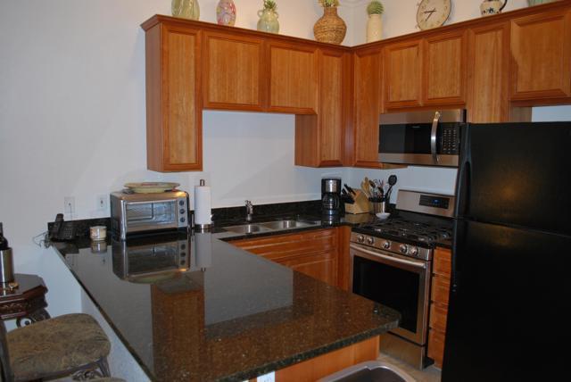 50690 Santa Rosa Plaza, La Quinta CA: http://media.crmls.org/mediaz/614F6767-C5D1-4A38-93BB-FECCD11F969E.jpg