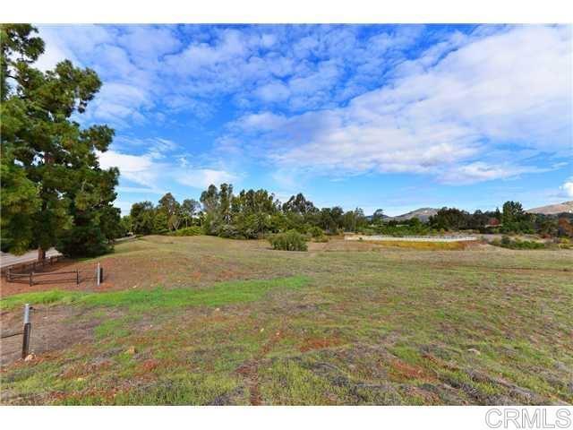 6710 El Montevideo, Rancho Santa Fe CA: http://media.crmls.org/mediaz/6189BB87-E74C-4C6D-B65C-513D2D10341B.jpg
