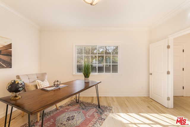 3718 Colonial Ave, Los Angeles, CA 90066 photo 8