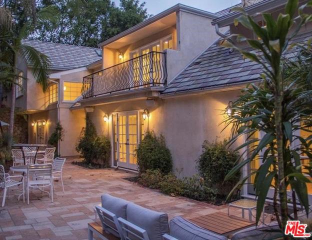 937 CHANTILLY Road #  Los Angeles CA 90077