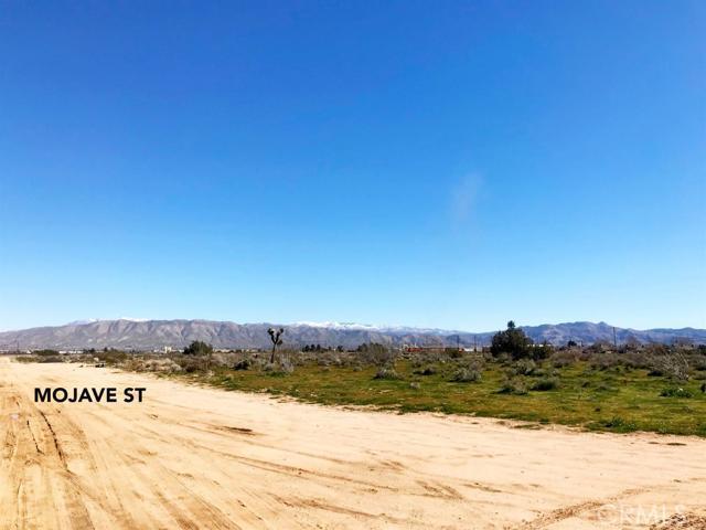 0 hesperia Road, Hesperia CA: http://media.crmls.org/mediaz/629266FD-8754-41F3-AEB2-B49ED2CFA80A.jpg