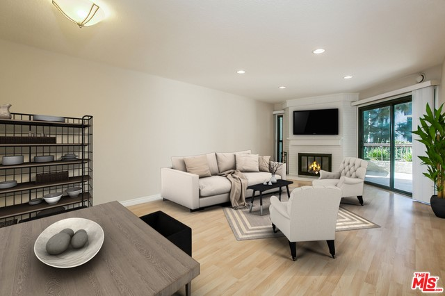 8515 FALMOUTH Avenue 219 Playa del Rey, CA 90293 is listed for sale as MLS Listing 17190376