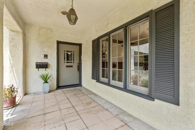 695 Lakewood Place, Pasadena CA: http://media.crmls.org/mediaz/636368D6-3BB3-4F16-A9B4-2B199EFF0C29.jpg