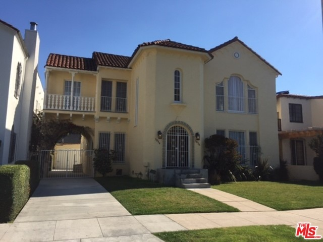 Single Family Home for Rent at 1036 Meadowbrook Avenue Los Angeles, California 90019 United States