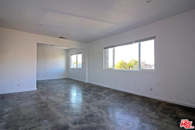 4110 Division Place, Los Angeles CA: http://media.crmls.org/mediaz/637A7BB0-609A-4A93-9F82-55D94BE27624.jpg