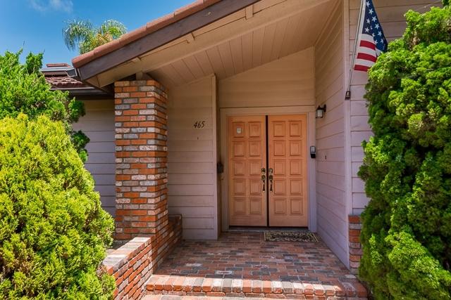 465 N El Rancho Vista, Chula Vista CA: http://media.crmls.org/mediaz/639F2335-ECDD-42C3-B5F1-638EC95BEA47.jpg