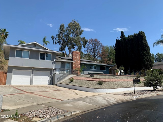 3661 Calle Quebracho, Thousand Oaks CA: http://media.crmls.org/mediaz/64130D11-64C2-463A-A31D-0299ED638E1D.jpg