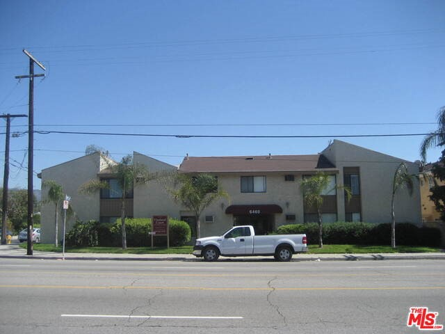 Single Family for Sale at 6460 Vineland Avenue North Hollywood, California 91606 United States