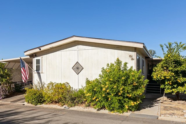 Detail Gallery Image 1 of 22 For 13460 Highway 8 Business #39,  Lakeside,  CA 92040 - 2 Beds | 2 Baths