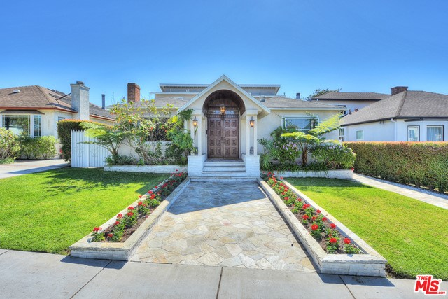 Single Family Home for Sale at 2514 Pearl Street Santa Monica, California 90405 United States