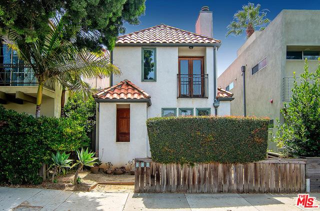 714 NAVY St, Santa Monica, CA 90405